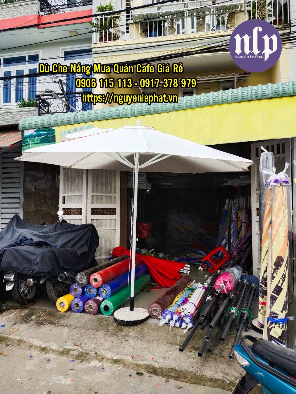 Bảng Giá Bán Dù Che Nắng Mưa Ngoài Trời Mới Uy Tín 2021
